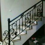 Reling tangga model besi tempa klasik