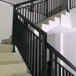 Relling tangga minimalis besi