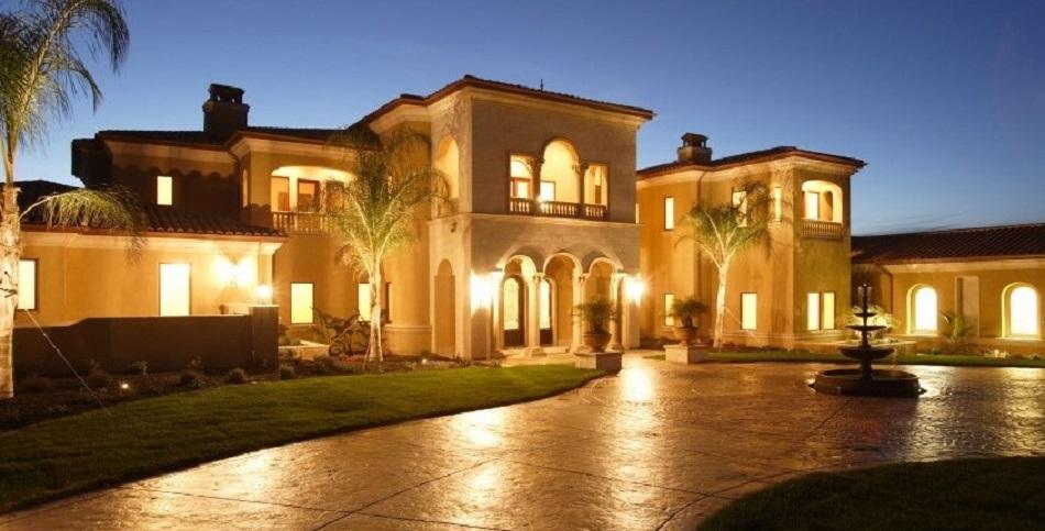 Rumah Mewah Bertingkat