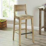 Bar stool kayu palet