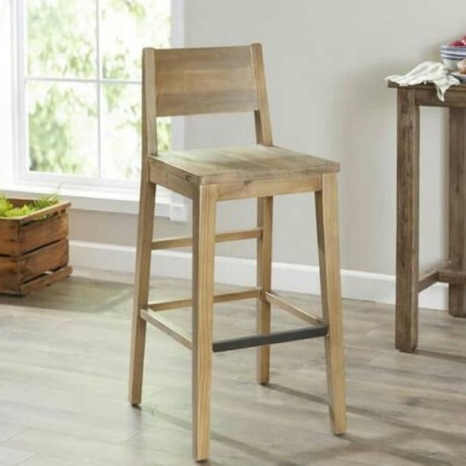 Bar stool kayu palet