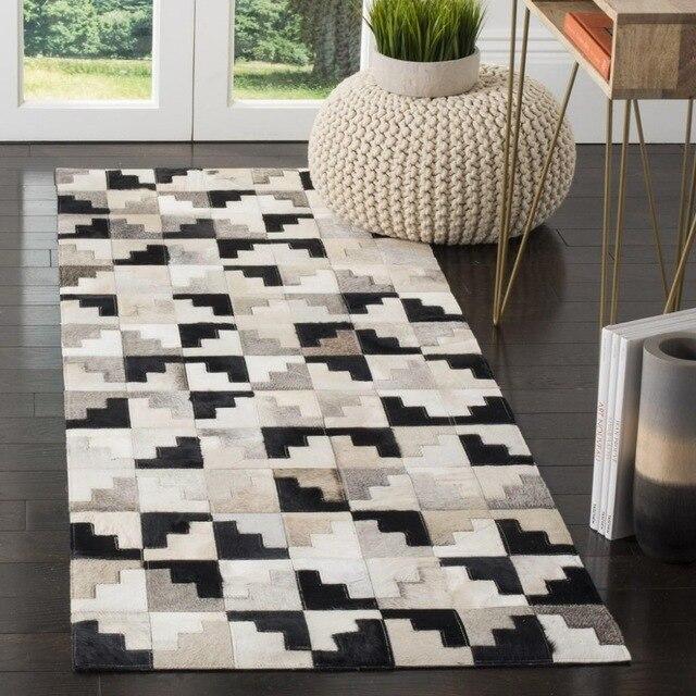 Karpet bulu buatan tangan