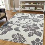 karpet motif ranting pohon