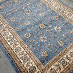 karpet permadani motif biru gaya persia