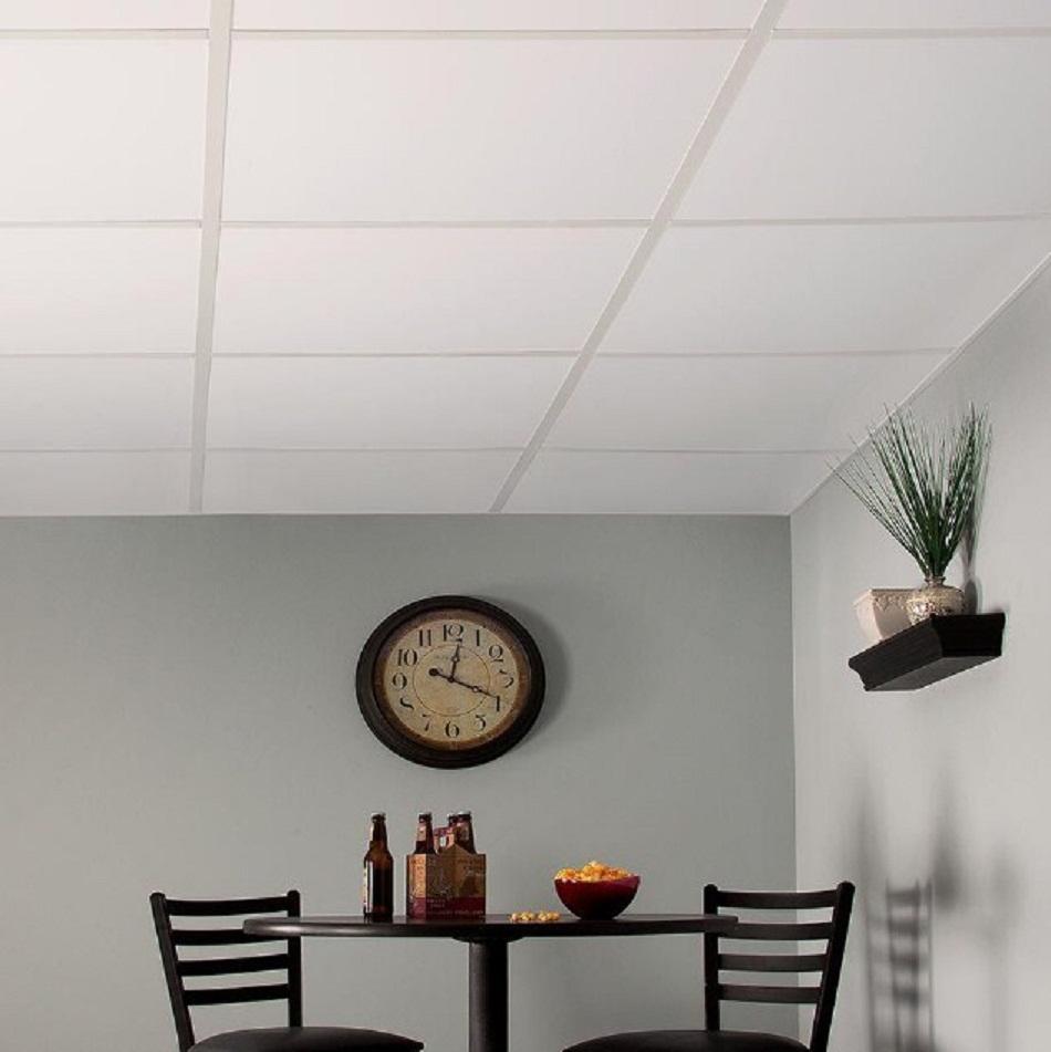 Plafon PVC sederhana