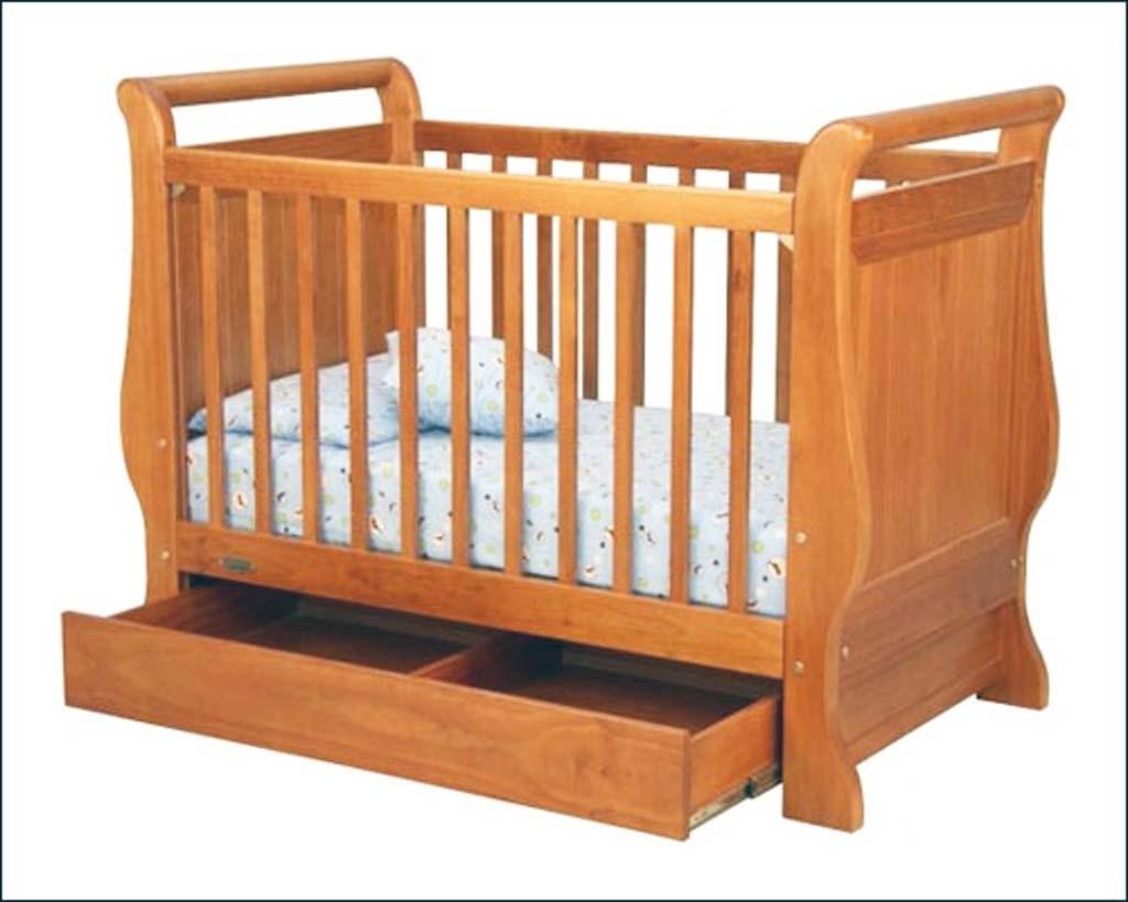 Desain Tempat Tidur Bayi Dari Kayu