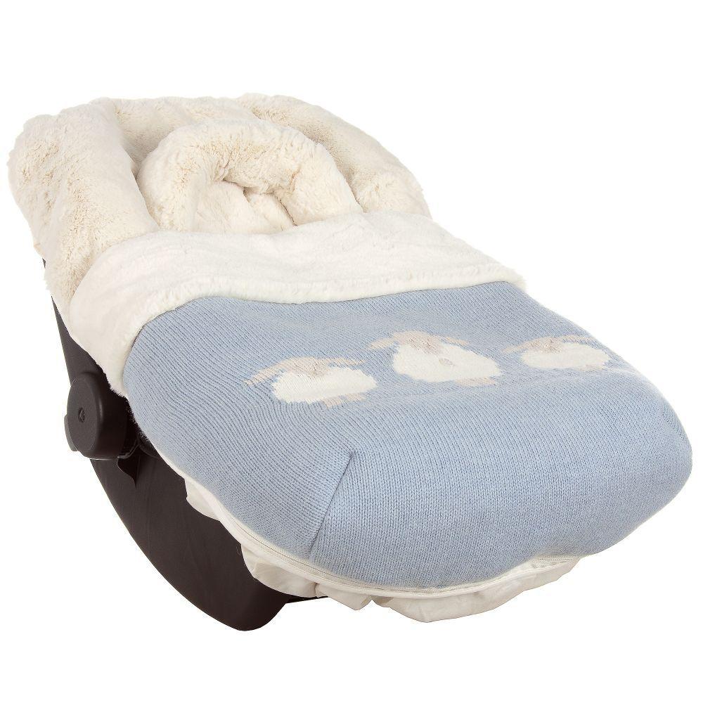 Tempat Tidur Bayi Sederhana
