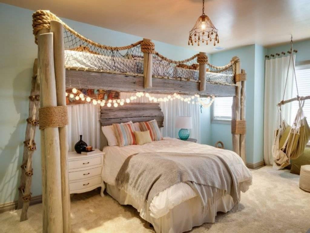 Kamar dengan Hiasan Tradisional Klasik